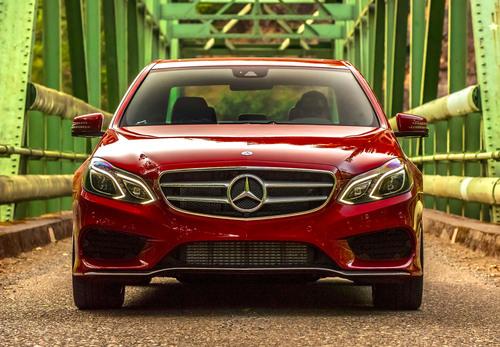 2014 E250 BlueTEC.  (PRNewsFoto/Mercedes-Benz USA)