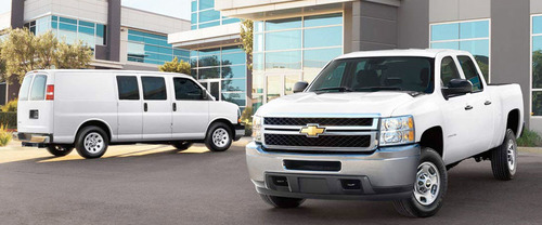 The 2014 Chevy Silverado has been named the Fleet Truck of the Year by Automotive magazine and Business Fleet magazine. (PRNewsFoto/Bill Jacobs Automotive Group)
