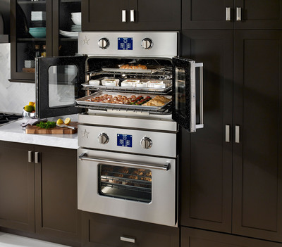 Introducing the New BlueStar(R) Electric Wall Oven: Professional Performance, Unmatched Capacity and the Near Limitless Customization of a BlueStar - Now in Electric. (PRNewsFoto/BlueStar(R)) (PRNewsFoto/BLUESTAR(R))