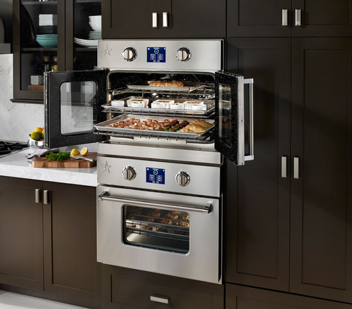 Introducing the New BlueStar(R) Electric Wall Oven: Professional Performance, Unmatched Capacity and the Near Limitless Customization of a BlueStar - Now in Electric.  (PRNewsFoto/BlueStar(R))