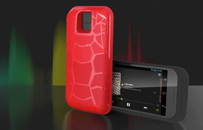 The innovative Prescient AudioCase(TM) delivers high-volume, high-quality audio in a compact, battery-equipped smartphone case that before now has only been possible with external speakers.  (PRNewsFoto/Prescient Audio)