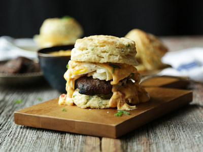 Chef Billy Parisi and ConAgra Foods take on summer grilling with Grilled Egg, Sausage and Queso Breakfast Sandwiches
