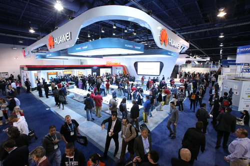 Huawei CES 2014 Booth. (PRNewsFoto/Huawei Consumer Business Group) (PRNewsFoto/HUAWEI CONSUMER BUSINESS GROUP)