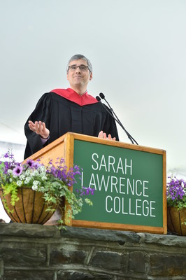 Mo Rocca speaking at 2016 Sarah Lawrence commencement.