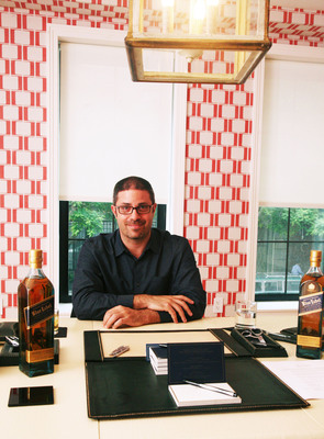 Dan Gerstein, the founder of Gotham Ghostwriters, will help come up with some tips on how to honor dads this Father's Day with a personalized message on a bottle of Johnnie Walker Blue Label.  (PRNewsFoto/Johnnie Walker)
