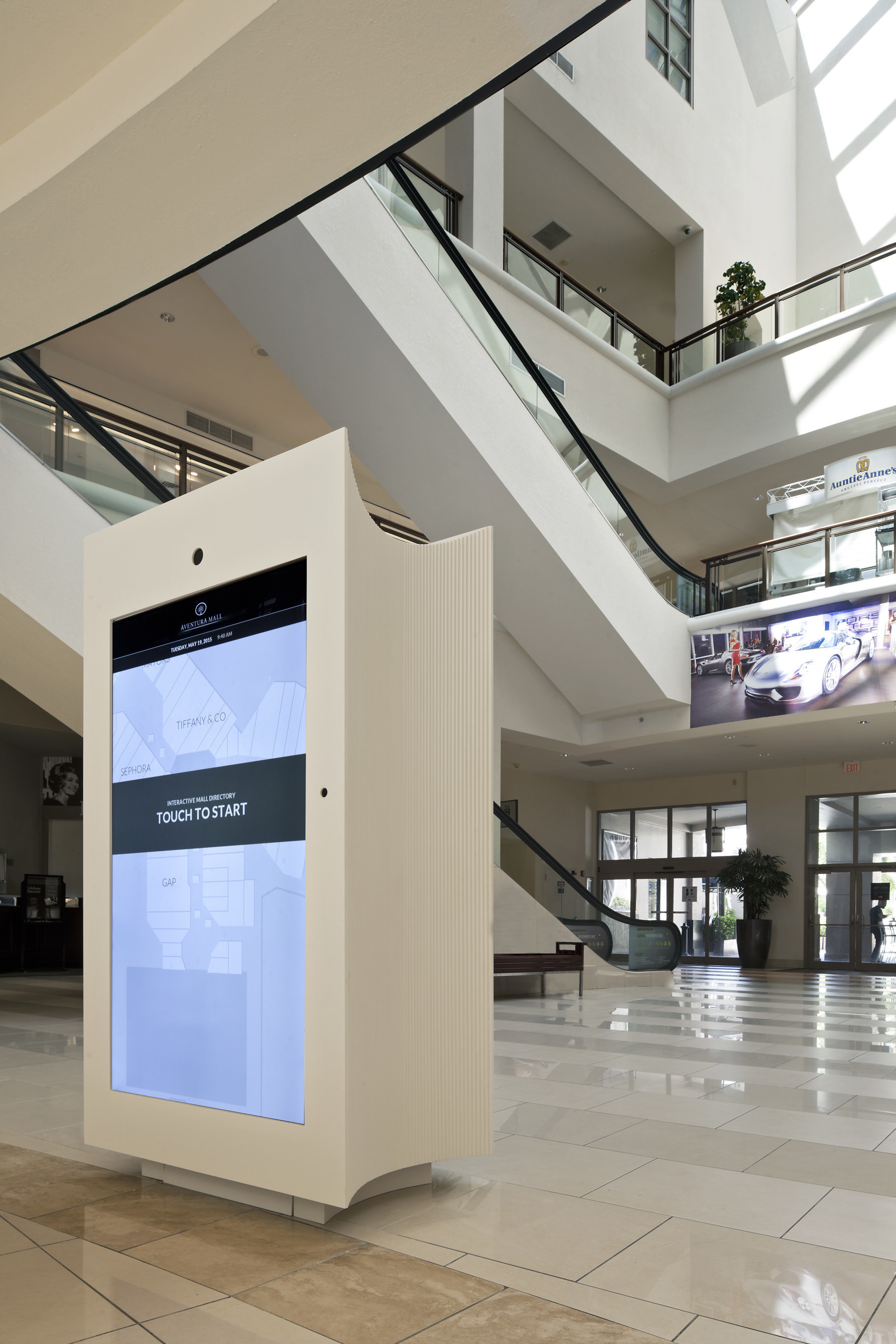Aventura Mall's New Digital Directories Merge Art, Architecture And Industry-Leading Technology