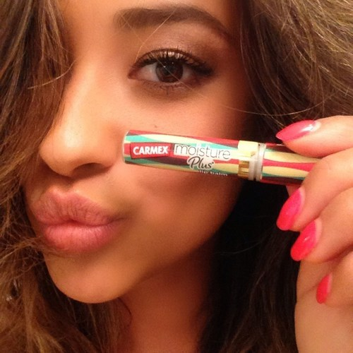Shay Mitchell named spokesperson for Carmex Moisture Plus - a fashionable twist on trusted lip balm (PRNewsFoto/Carmex and Carma Laboratories)