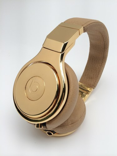 Beats 24c Gold Pros (PRNewsFoto/Beats Electronics LLC)