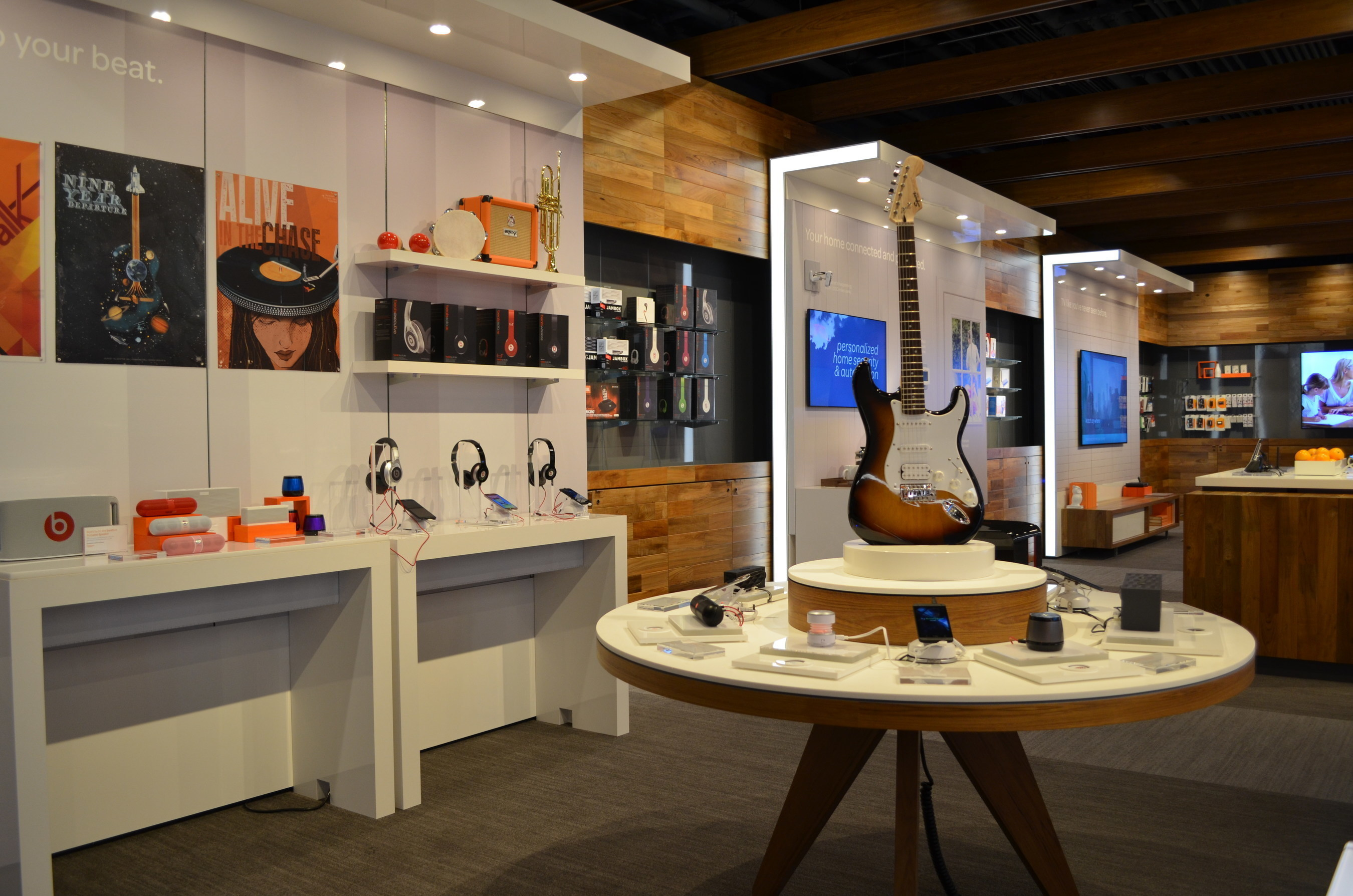 AT&T's New Store Of The Future In Daly City Features Tech-Forward Design For Customers' Mobile Lifestyles