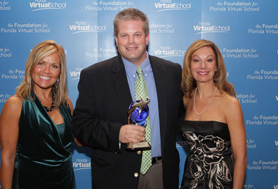Mobile Beacon Receives the Bridging the Gap Virtie Award.  (PRNewsFoto/Mobile Beacon)
