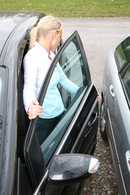 """""""i-protect"""" from Kiekert will reduce car door damage in the future"""