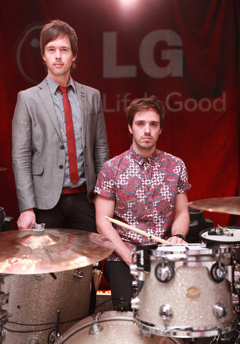 LG and Atlas Genius at an exclusive concert event in New York. (PRNewsFoto/LG Electronics USA, Inc.)