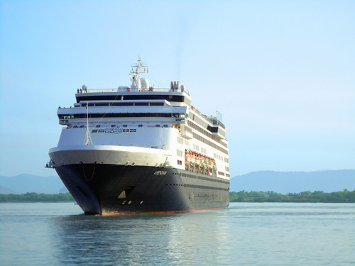 "Holland America's ms Veendam arrives in the Port of Mazatlan on November 12, 2013. The ship kicked off Mazatlan's first cruise season in two years, bringing more than 1,300 passengers to experience Mexico's only ""Colonial City on the Beach.""(PRNewsFoto/Mazatlan Hotel Association)"