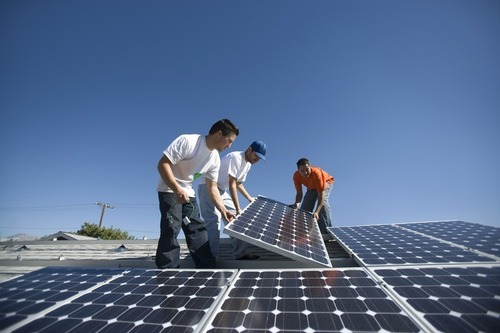 Homeowners Desire American-Made Solar Panels (PRNewsFoto/SolarWorld USA)