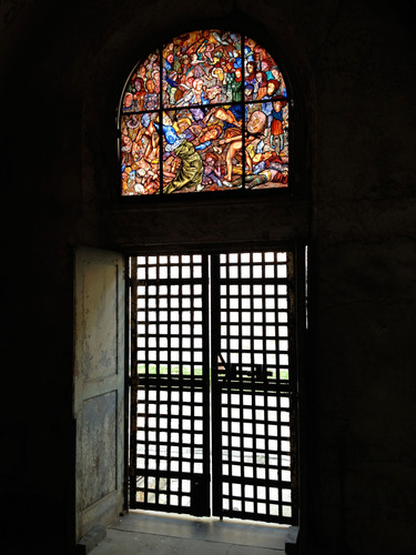 Stained glass artist Judith Schaechter's ambitious work at Eastern State Penitentiary, The Battle of ...