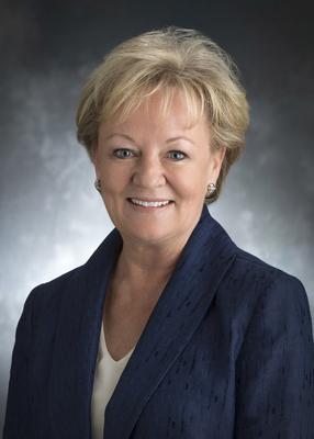 Susan Wallace, executive managing director, Global Investors Group, USAA Real Estate Company. (PRNewsFoto/USAA Real Estate Company)