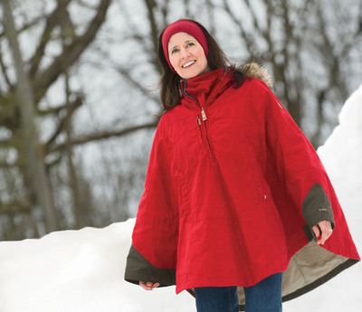 Duluth Trading Company Reveals Top Holiday Gifts for Women Including the Fjall Raven Luhkka Cape in Vibrant Red.  (PRNewsFoto/Duluth Trading Company)