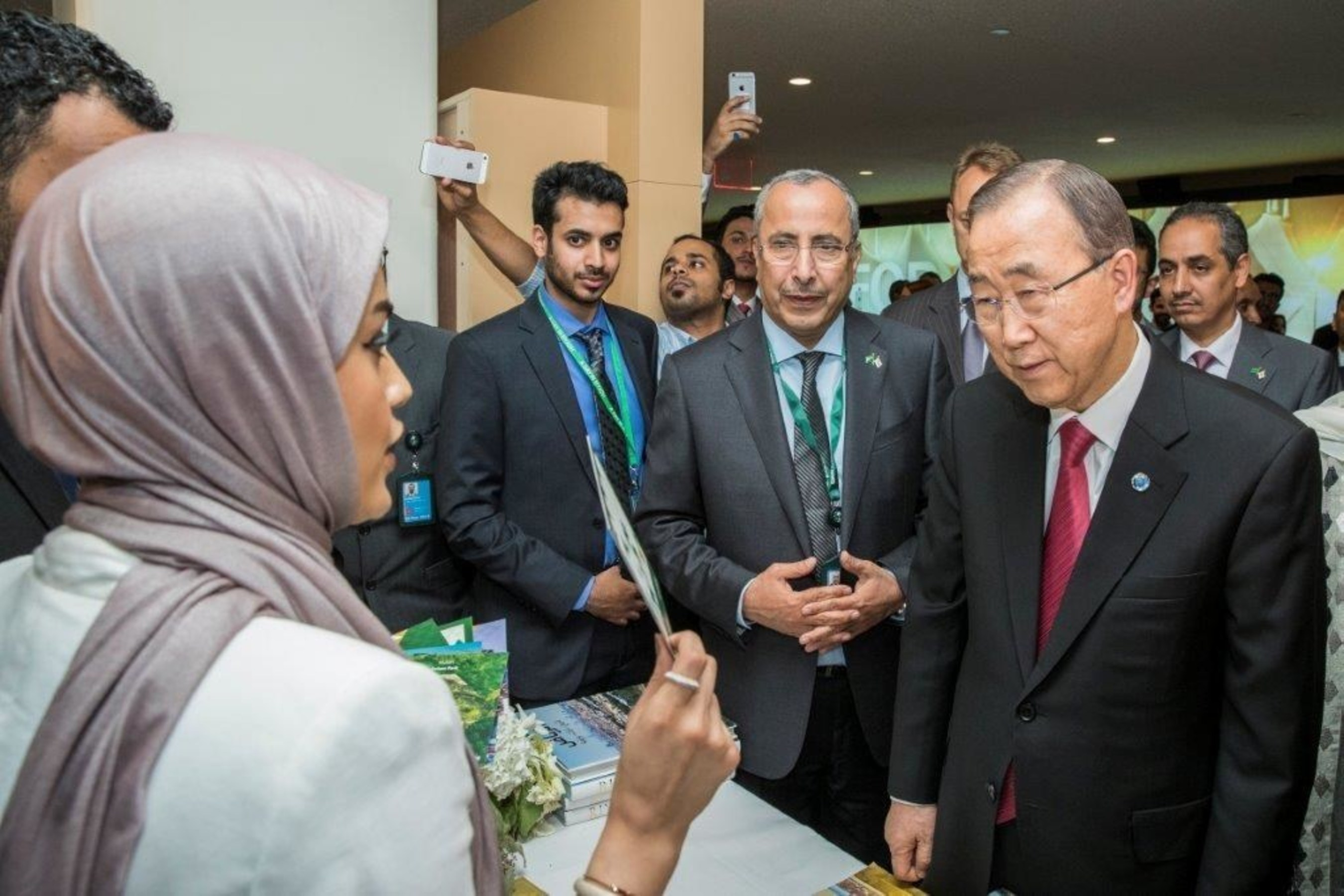 United Nations Secretary General Ban Ki-moon (R) and Mayor of Riyadh and President of the Arriyadh Development Authority H.E. Ibrahim al Sultan (L) tour the Interactive Virtual Reality Display of Riyadh past, present and future at the United Nations on Friday September 30th