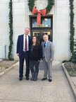 Candice Anderson and her attorneys Bob Hilliard and Thomas J. Henry