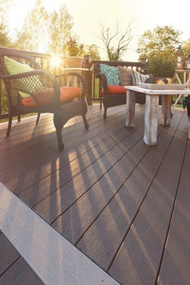 Timbertech premium decking reveals 2016 s hottest outdoor Terrain decking