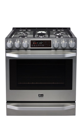 LG Studio's artistic advisor and renowned interior designer Nate Berkus has inspired the design of this new LG Studio Gas Slide-In Range (LSSG3016ST), which delivers a pro-style, flat-design control panel with durable, robust metal knobs, a tilted display with SmoothTouch(TM) glass controls, LG's new ProBake(TM) Convection technology for even cooking results on every rack and a distinctive, sleek wave handle that provides a more sophisticated look and feel.