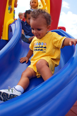 Industry Playground Safety Experts Promote 2012 National Playground Safety Week, in wake of Telltale Study on Outdoor Play Trends of Pre-K Children