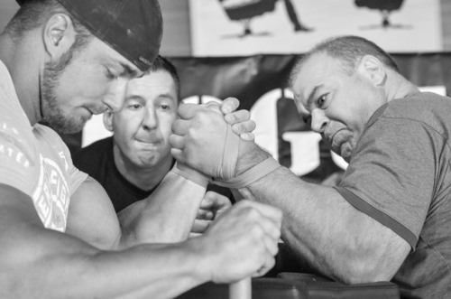 Over 700 of the world's best arm wrestlers will converge at the 2013 World Bar Arm Wrestling Championships on Saturday, Aug. 24 at Stoney's Rockin' Country in Las Vegas. The show will air LIVE on pay-per-view TV.  (PRNewsFoto/Joe Hand Promotions)