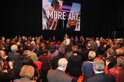 Houston Mayor Annise Parker announced the launch of a cultural plan for the city at the 2014 Elected Officials Reception for the Arts, hosted by Houston Arts Alliance, on January 27, on stage at The Hobby Center for the Performing Arts. The 200 attendees, including City Council Members and other elected officials, arts organization leaders, and creatives, applauded the development of a new cultural plan for the city that will serve as a roadmap for the arts and solidify Houston's reputation as a global destination. Photo credit: Alexander's Fine Portrait Design. (PRNewsFoto/Houston Arts Alliance) (PRNewsFoto/HOUSTON ARTS ALLIANCE)