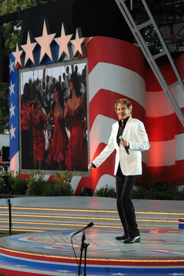 Barry Manilow stars on PBS' A CAPITOL FOURTH, Saturday July 4 @ 8 pm ET.Music legend Barry Manilow returns to A CAPITOL FOURTH on PBS to celebrate 35 years as America's national Independence Day Celebration, live from the U.S. Capitol on Saturday, July 4 from 8:00 to 9:30 pm ET.  Manilow will kick off the country's 239th birthday with a special patriotic medley, which has not been performed since the re-opening of the Statue of Liberty 29 years ago.