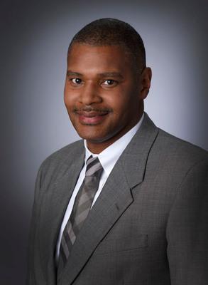 Lowe's appoints Michael A. Jones Chief Customer Officer. (PRNewsFoto/Lowe's Companies, Inc.) (PRNewsFoto/LOWE'S COMPANIES, INC.)