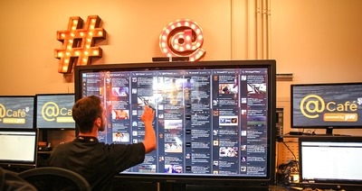 Powered by JiveSoftware to help staff sync, the San Francisco Giants @Cafe is the first-of-its-kind social media headquarters at AT&T Park