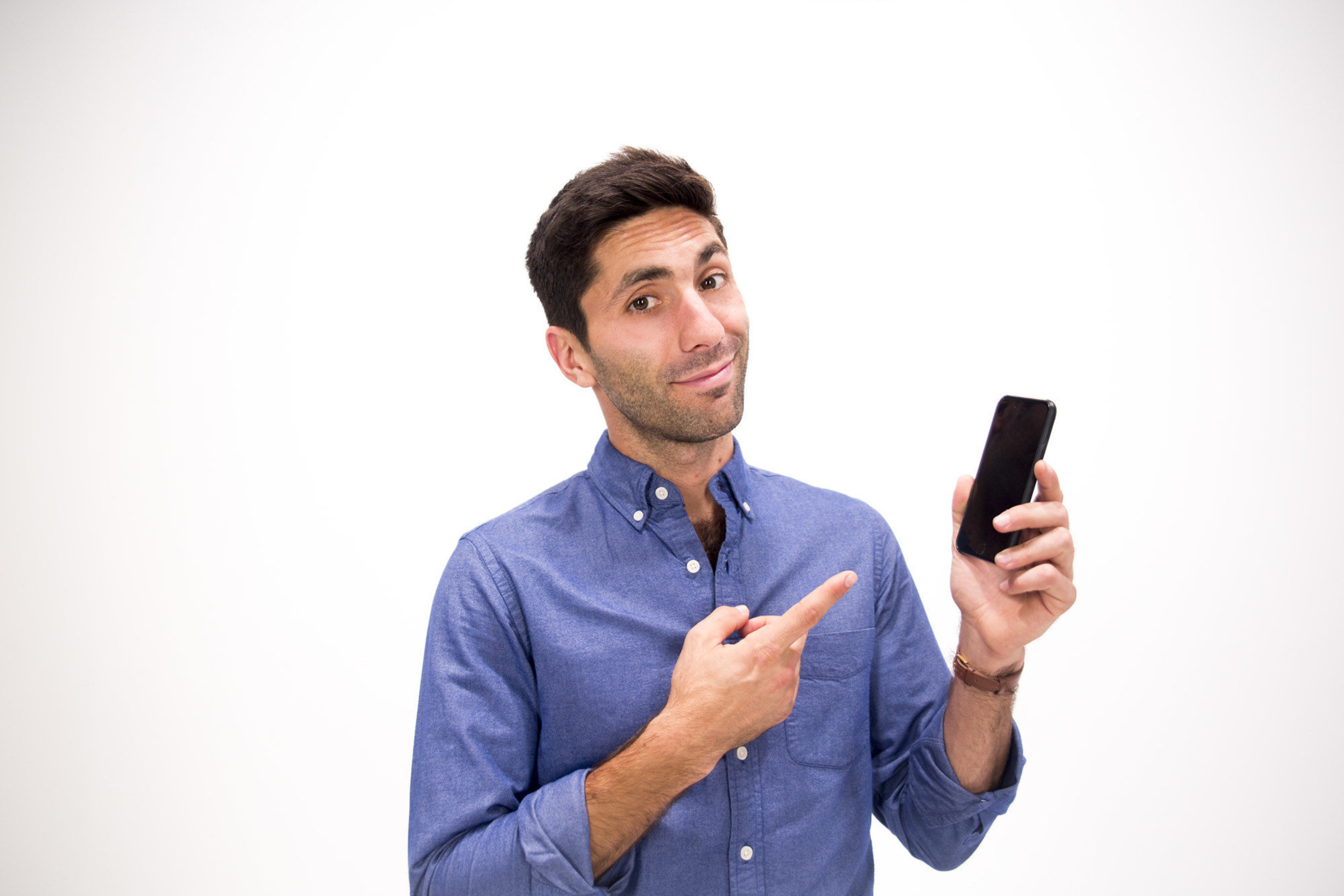 "Nev Schulman of MTV's Catfish: The TV Show is teaming up with DoSomething.org and AARP Foundation's Mentor Up for ""Grandparents Gone Wired"" to teach older adults how to use smartphones."