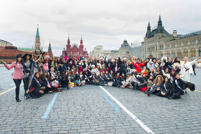 The Miss Universe Contestants on a tour of Red Square and The Kremlin.  (PRNewsFoto/Alfred Haber Distribution, Inc.)