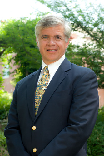 Rogers' Dr. Theodore Weltzin Focuses on Males and Eating Disorders at 2013 National Eating