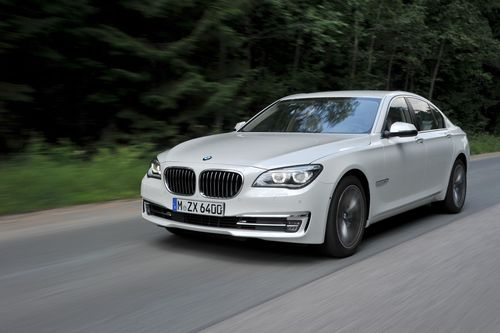 Caption: The flagship BMW 7 Series: Sales up 6.4% in June 2014.