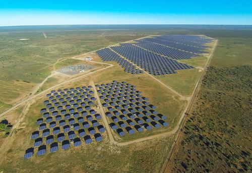 Herbert power plant, 22 MW in Douglas, Northern Cape. Image courtesy of AE-AMD. (PRNewsFoto/SunPower Corp.)