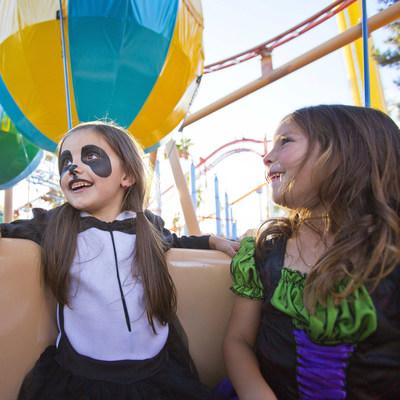 Knott's Spooky Farm Rides