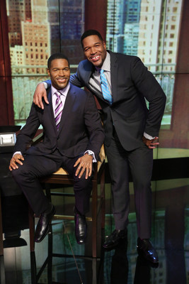 MADAME TUSSAUDS NEW YORK UNVEILS NEVER BEFORE SEEN FIGURE OF MICHAEL STRAHAN ON LIVE WITH KELLY AND MICHAEL Photo: David M. Russell/Disney ABC Home Entertainment and Television Distribution(C)2016 Disney ABC. All Rights Reserved.