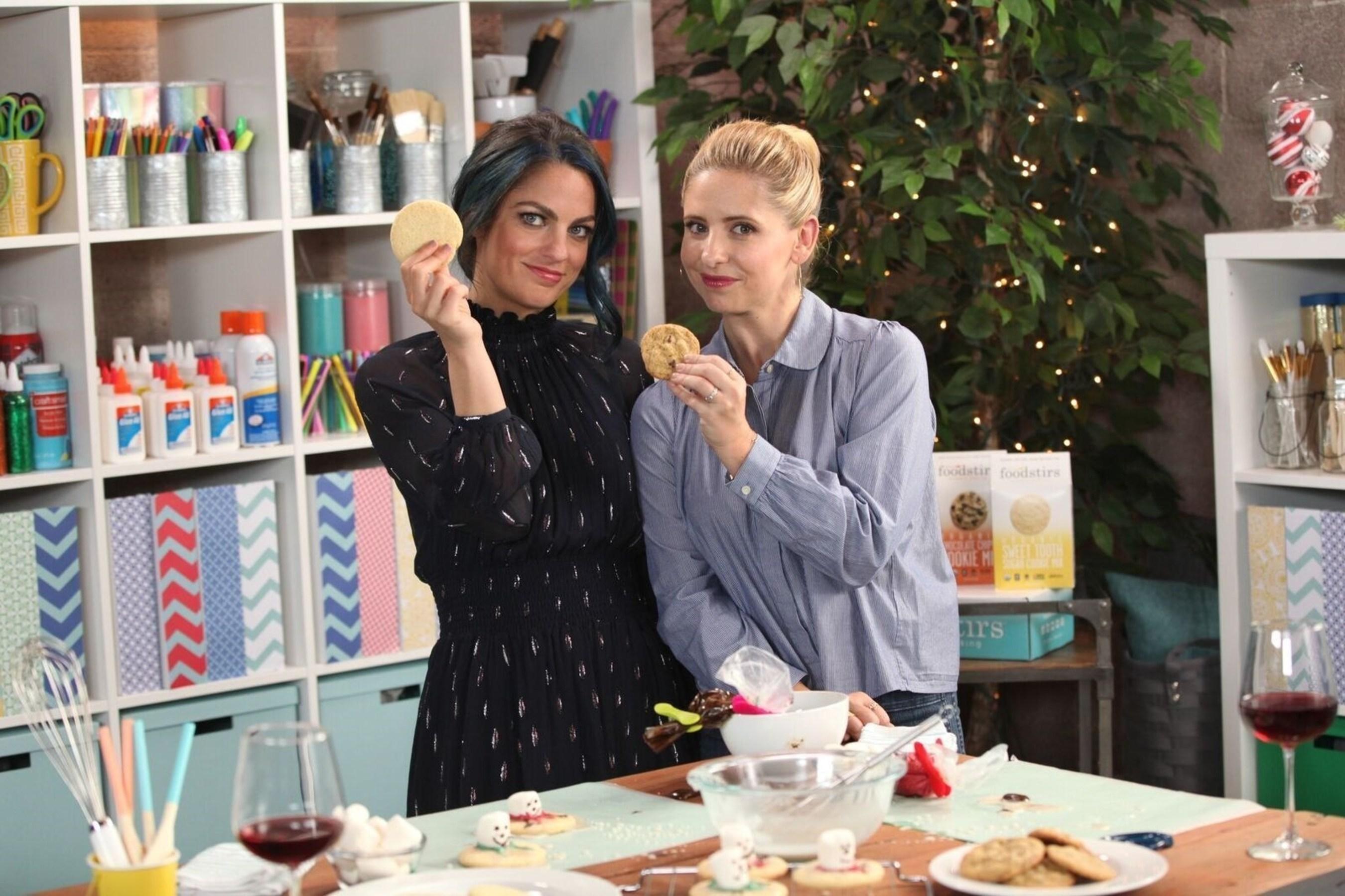 Sarah Michelle Gellar with Nicole Farb on Make.Talk. www.youtube.com/darbysmart