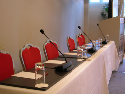 Wireless Conferencing microphone and speaker units is a complete sound system for discussion style meetings.  (PRNewsFoto/Listen Technologies)
