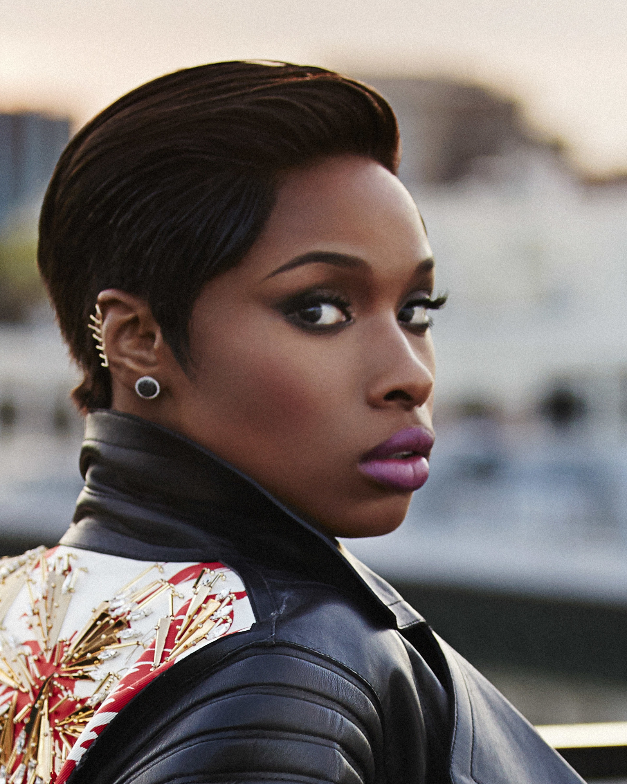 Art Van Furniture To Grand Open Chicago's Biggest Furniture Store At Showstopping Gala With Chicago's Biggest Star, Jennifer Hudson, On July 30!