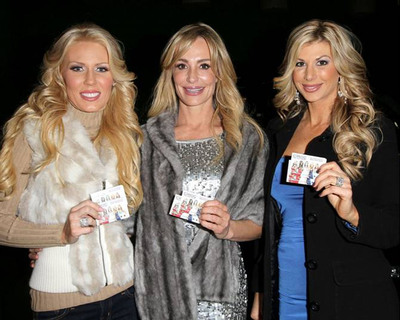"Taylor Armstrong, Gretchen Rossi, and Alexis Bellino help fans get home safely on New Years Eve with a $15 CIROC Vodka ""Safe Rides"" card"