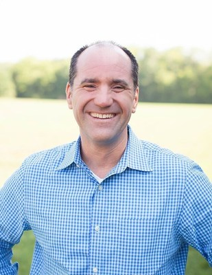 Jeff Simmons, Author of Immeasurably More: Your Invitation Await and Lead Pastor at Rolling Hills Community Church in Franklin, TN