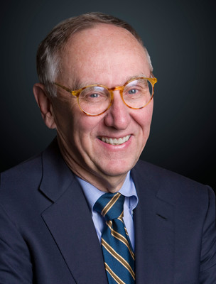 Jack Dangermond, president of Esri, receives honorary Doctor of Science degree from the University of Massachusetts Boston.  (PRNewsFoto/Esri)