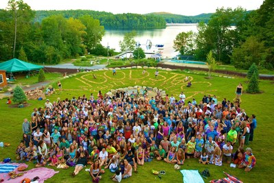 Some of The 2015 Woodstock Fruit Festival attendees in front of Trout Lake.