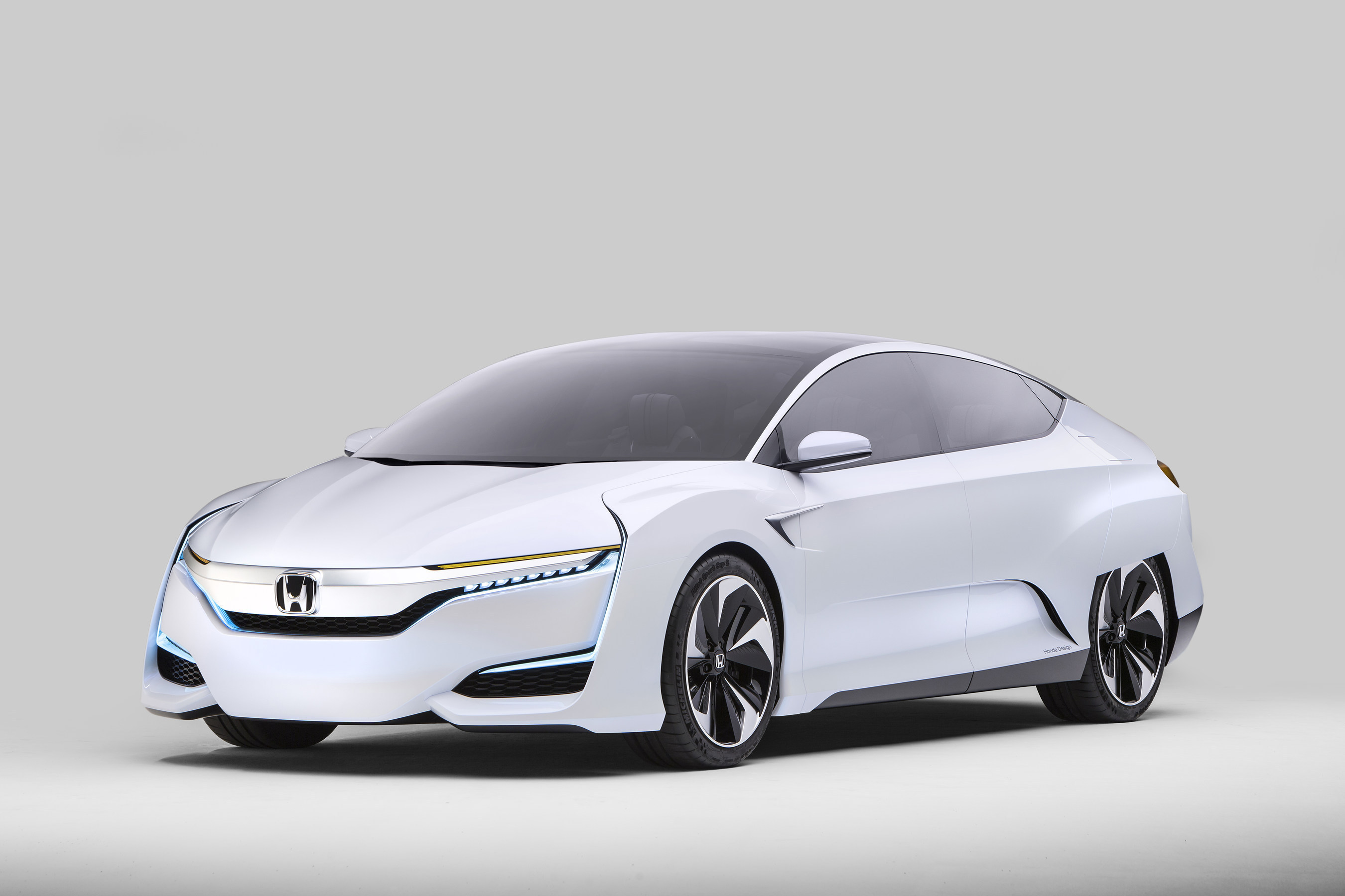 Honda To Launch Next Generation Advanced Powertrain Vehicles By 2018 FCV Concept Makes North American Debut