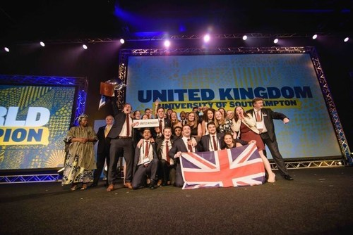 Enactus World Cup 2015 World Champion Team from the United Kingdom (PRNewsFoto/Enactus)