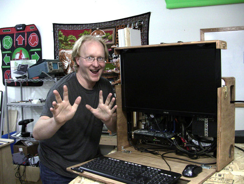 Ben Heck Builds Retro-Inspired Portable LAN Computer for Mod-Off Challenge with Hak5's Darren