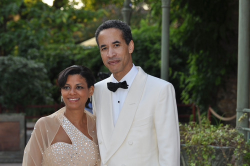 Charles Phillips and wife Karen Phillips. (PRNewsFoto/Phillips Charitable Organizations) (PRNewsFoto/PHILLIPS CHARITABLE ORG.)