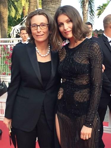 """Valerie Chapoulaud Floquet, Remy Cointreau Ceo et Laetitia Casta for her movie """"en moi"""" that Cointreau curates. (PRNewsFoto/La Maison Cointreau)"""